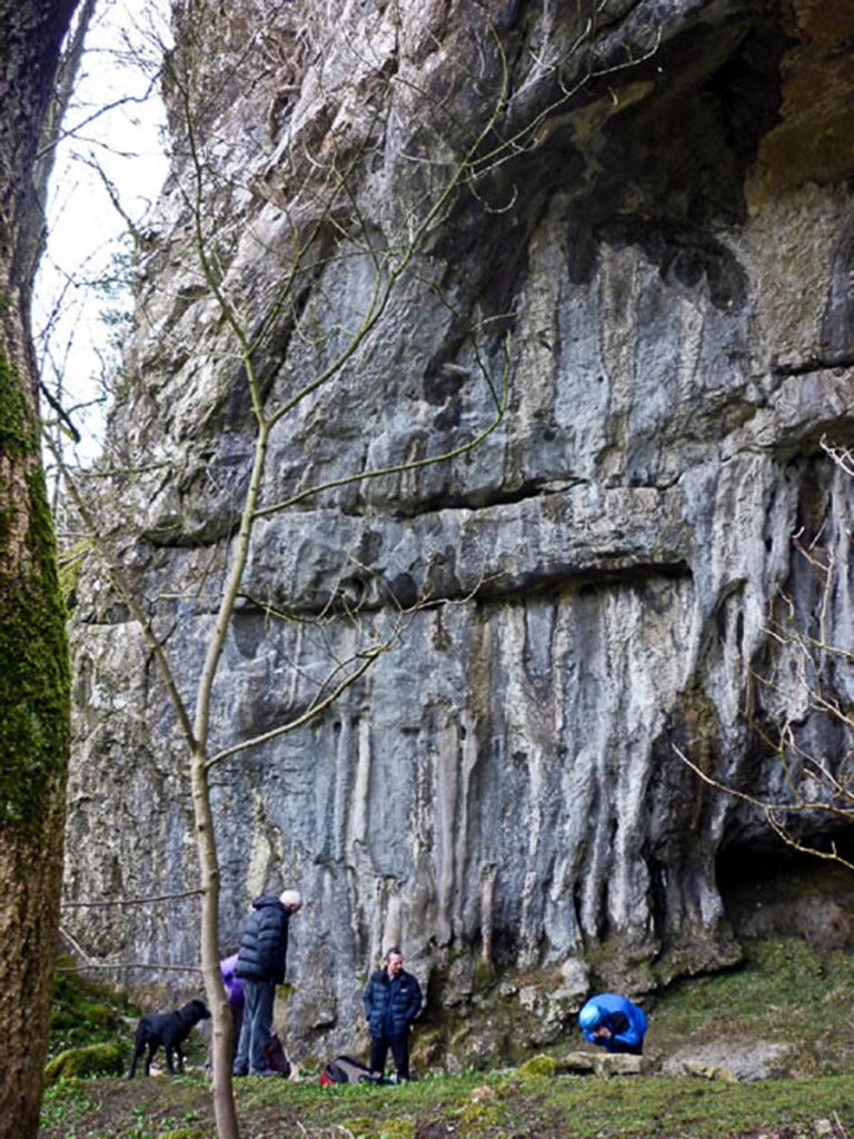 The climber fell at Hollwood Bowl, Giggleswick Scar. Photo: Karl and Ali CC-BY-SA-2.0