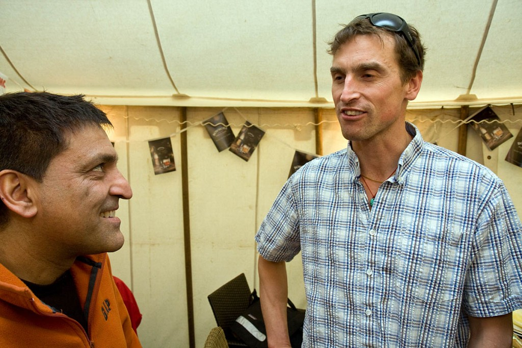Record-breaking Everest mountaineer Kenton Cool with BMC president Rehan Siddiqui