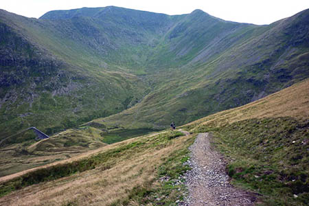 The woman suffered a fit on the path above Keppel Cove. Photo: Karl and Ali CC-BY-SA-2.0