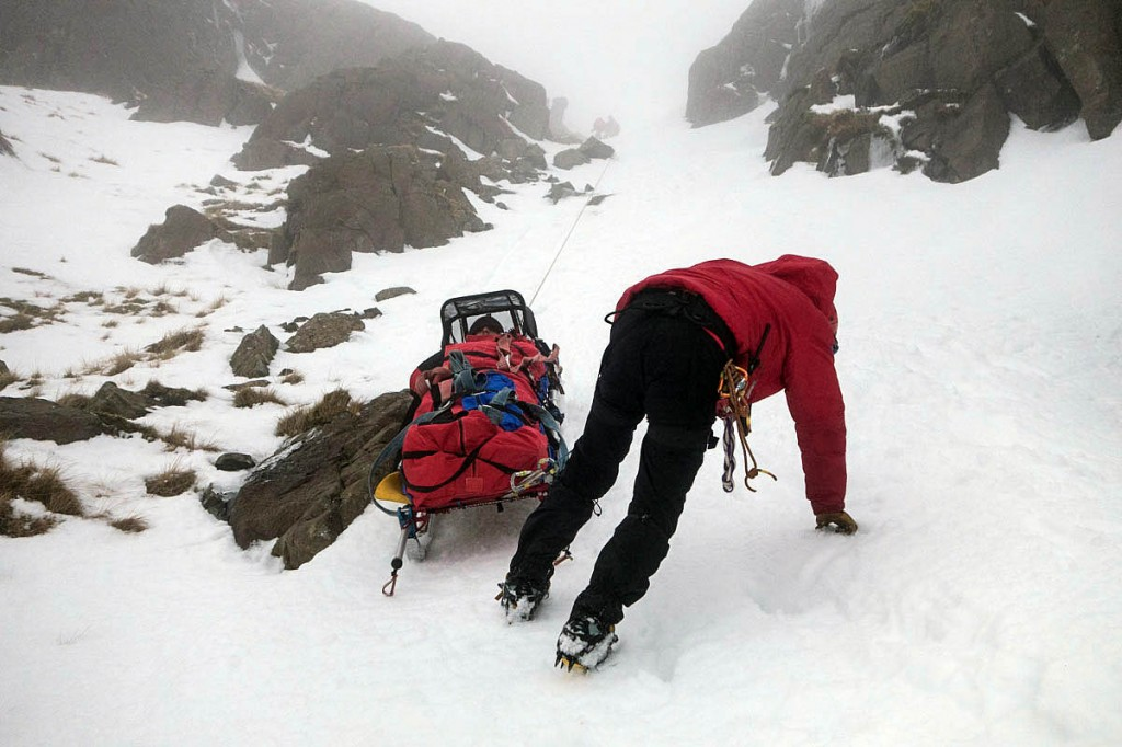 The injured man is lowered down the gully. Photo: Keswick MRT