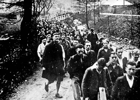 Ramblers set off from Bowden Bridge, Hayfield, for their 1932 mass trespass