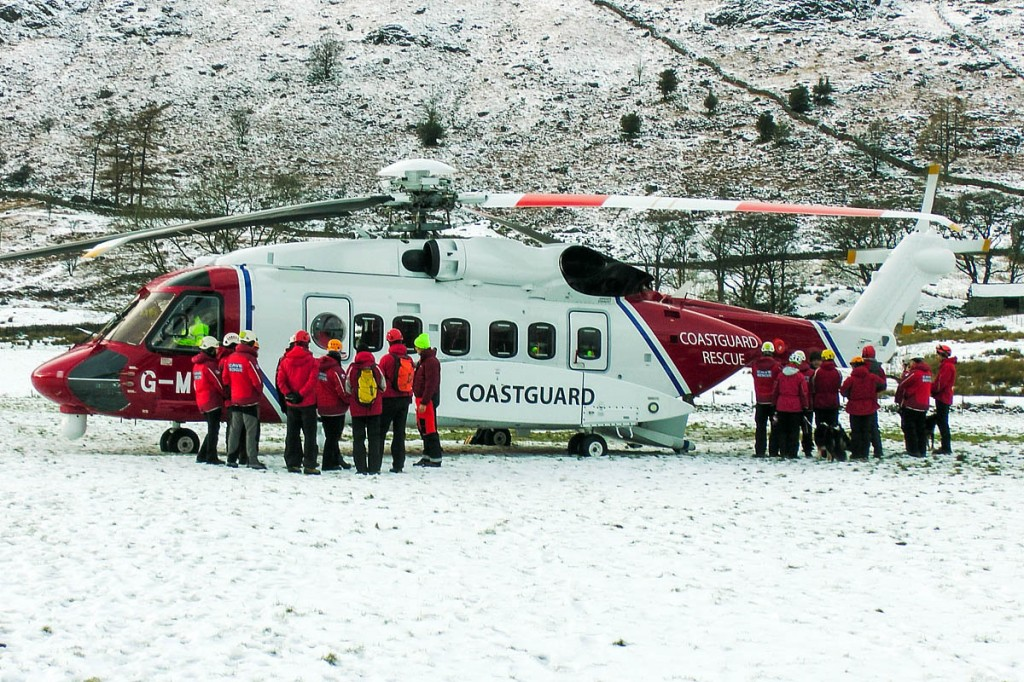 Mountain rescuers familiarise themselves with the new Sikorsky S-92
