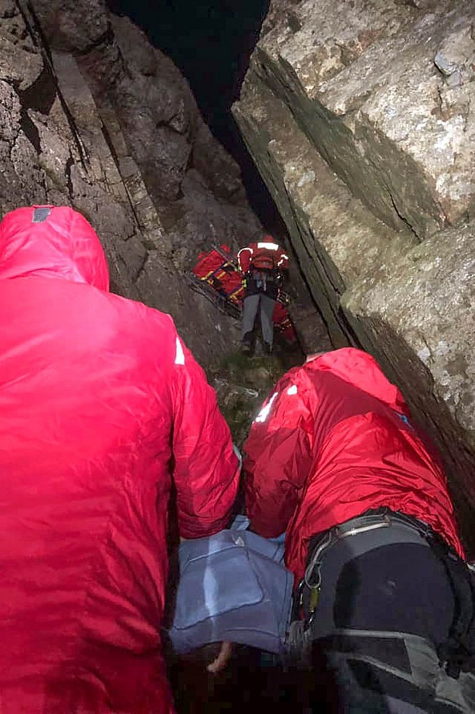 The climber was difficult to reach. Photo: LAMRT