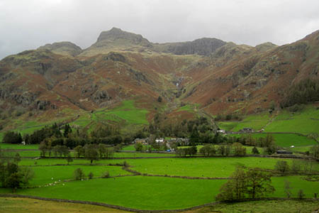 The climber fell from Scout Crag, Great Langdale. Photo: Les Hull CC-BY-SA-2.0
