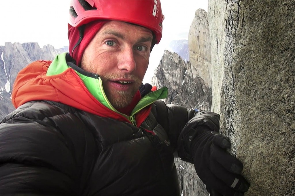 Leo Houlding in action in the Mirror Wall film. Image: Coldhouse Collective