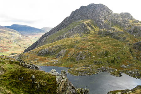The group was making its way from Llyn Bochlwyd after ascending Tryfan. Photo: Tony Edwards CC-BY-SA-2.0