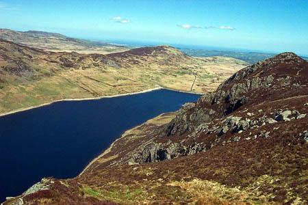 Llyn Cowlyd seen from the Creigiau Gleision ridge. Photo: Terry Hughes CC-BY-SA-2.0