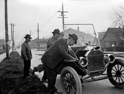 A Model-T Ford, in 1912. Photo: Seattle Municipal Archives CC-BY-2.0