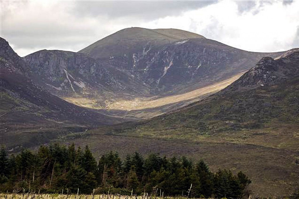 The Annalong Valley and the Mourne Mountains. Photo: Paul McIlroy CC-BY-SA-2.0