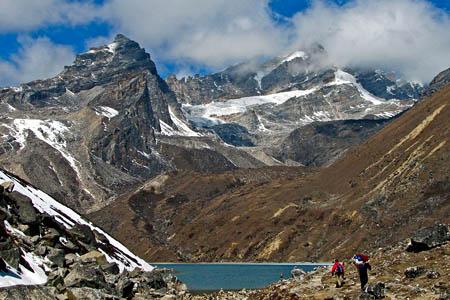 Trekking in Nepal. Photo: McKay Savage CC-BY-2.0