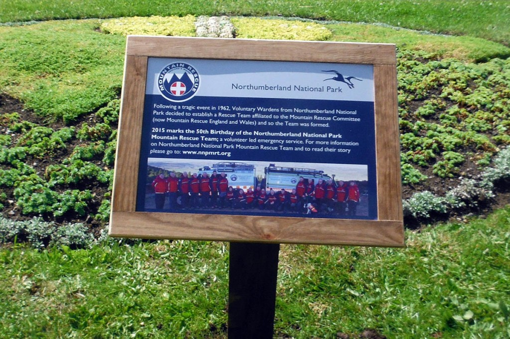 The plaque details the setting up of the Northumberland National Park Mountain Rescue Team