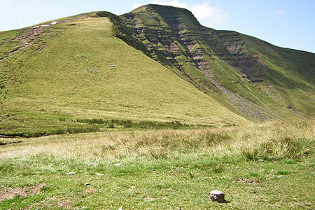 The runner collapsed near Pen y Fan. Photo: Kenneth Yarham CC-BY-SA-2.0