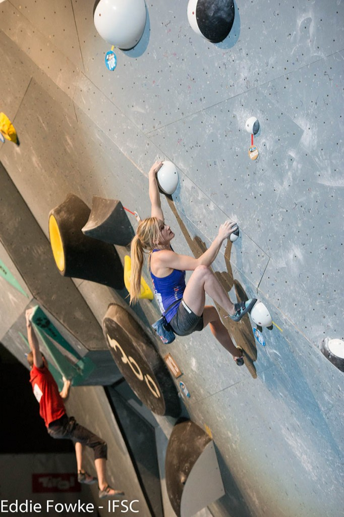 Shauna Coxsey in action on the 'slippery round spheres. Photo: Eddie Fowke/IFSC