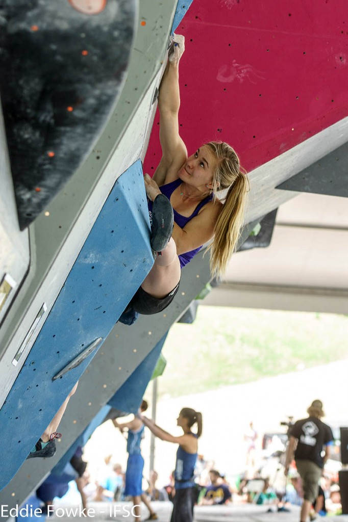 World bouldering champion Shauna Coxsey in action. Photo: Eddie Fowke/IFSC