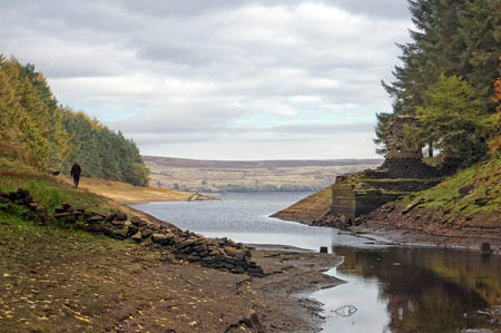 Thruscross Reservoir. Photo: Tom Blackwell CC-BY-SA-2.0