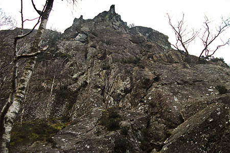 The climbers were making their way down after completing Troutdale Pinnacle. Photo: Alpine Butterfly CC-BY-2.0
