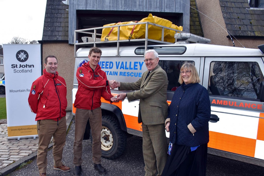 The team receives the keys to the new building: from left, deputy team leader Dave Wright, team leader Pete Matthews, Alasdair Hutton, chair of the south-east Scotland committee of St John Scotland, Janice Hogarth of the south-east Scotland committee