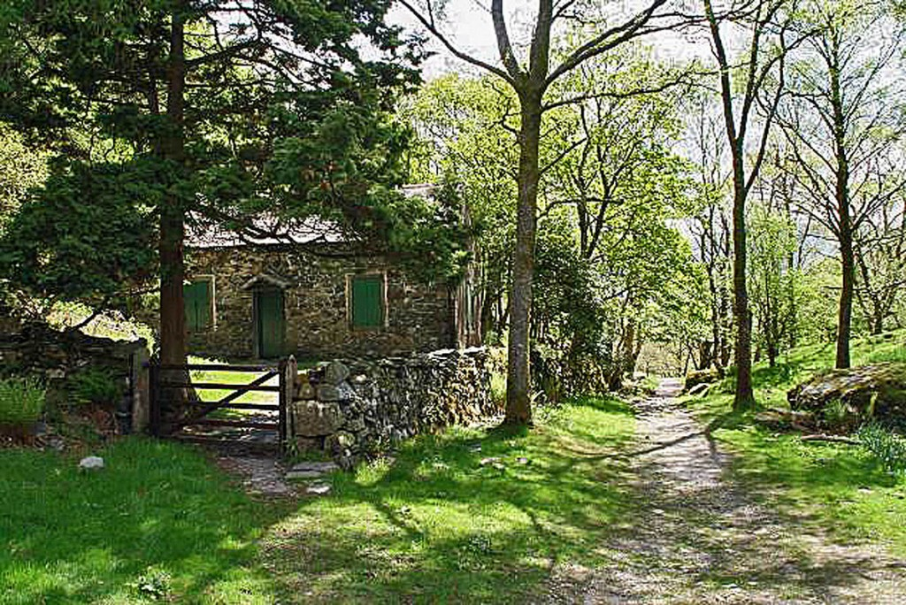 The Bowderstone Bothy